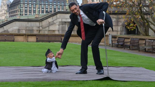 langste-man-ontmoet-kleinste-man-wereld.jpg